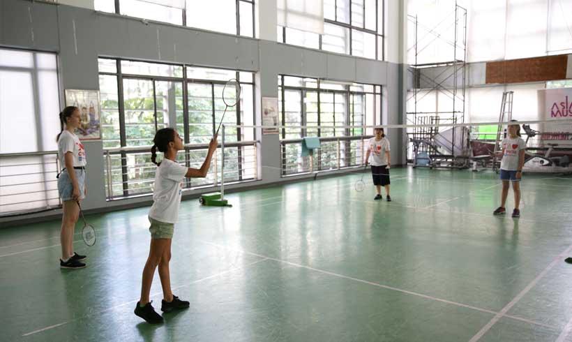 Chinese Summer Camp Activities Badminton | That's Mandarin